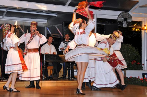 Romanian folklore by Dennis Jarvis