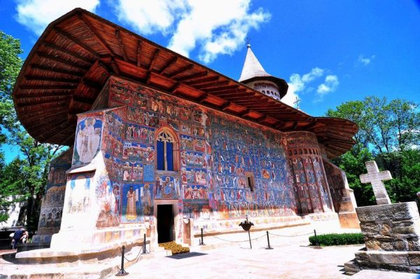 01 voronet monastery