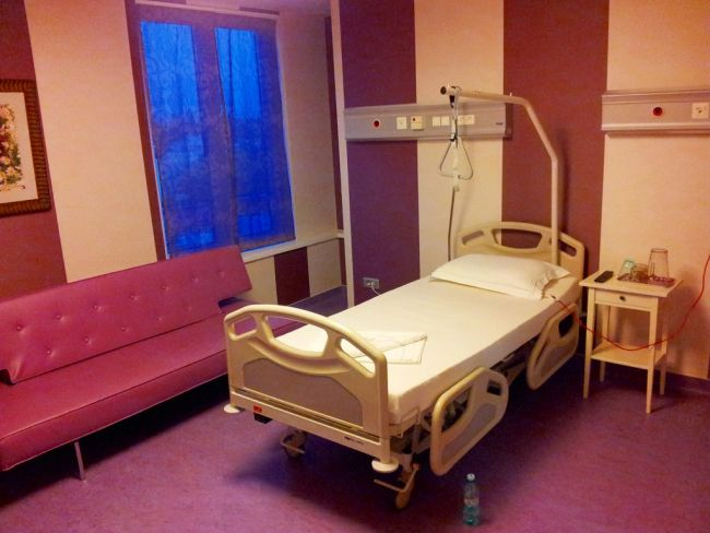 decent hospital room in Romania