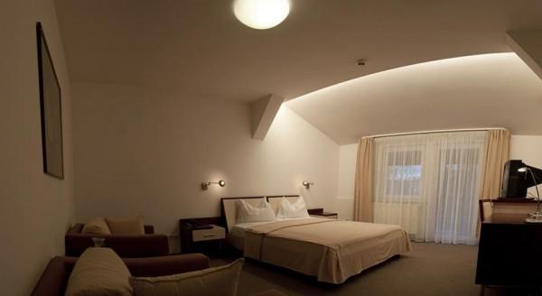 10 hotel baneasa parc