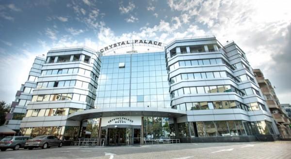 11 hotel crystal palace