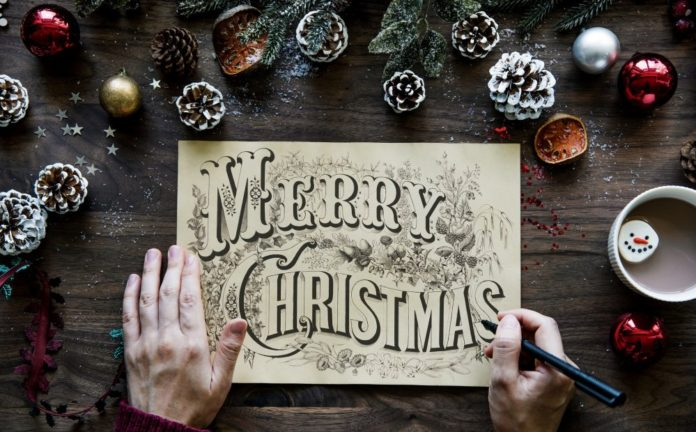 How To Spell Merry Christmas.How To Say Merry Christmas In Romanian And Other Holiday