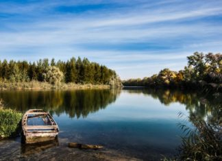 What is the minimum and average salary in romania in 2018 romania fishing in the danube near gruia village in romania publicscrutiny Image collections