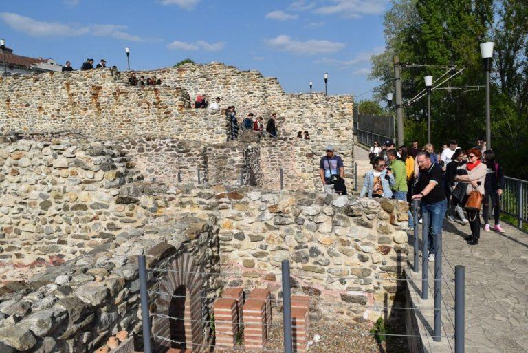 Drobeta Museum Roman Ruins