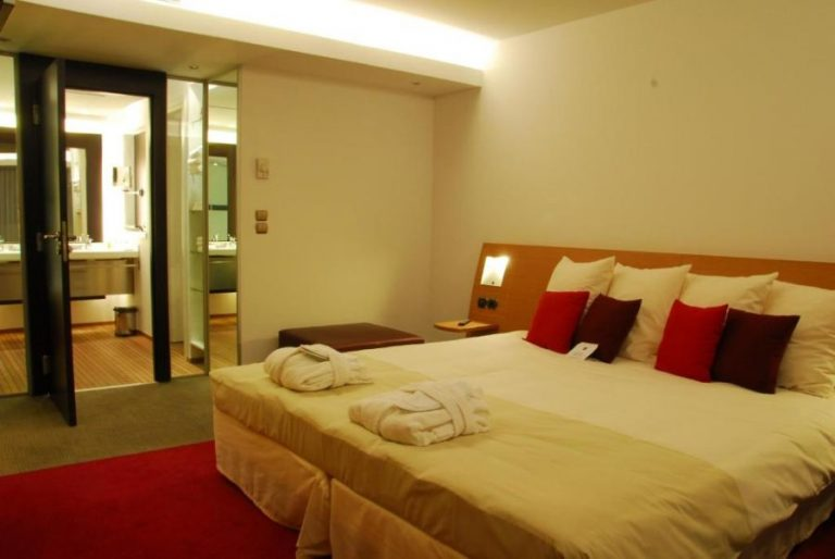 novotel room
