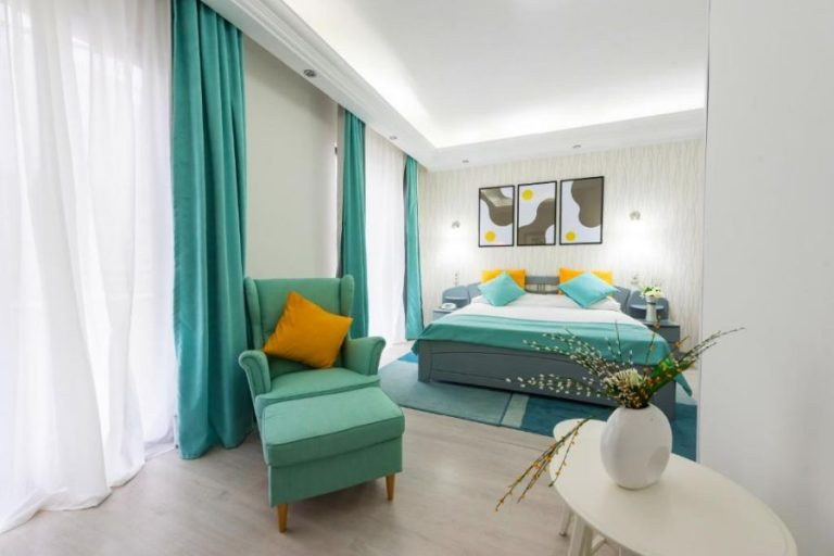 relax suites room overview