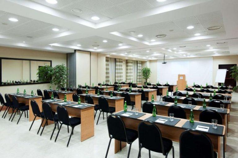 nh timisoara conference room